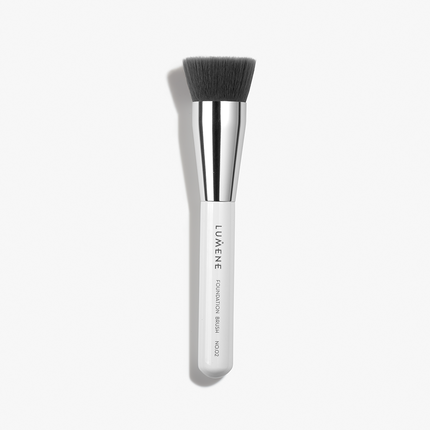 Nordic Chic Foundation Brush No.02